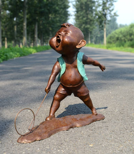 Lucy Han sculpture